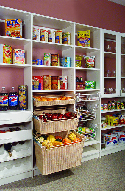 8 Custom Pantry Features Ideas