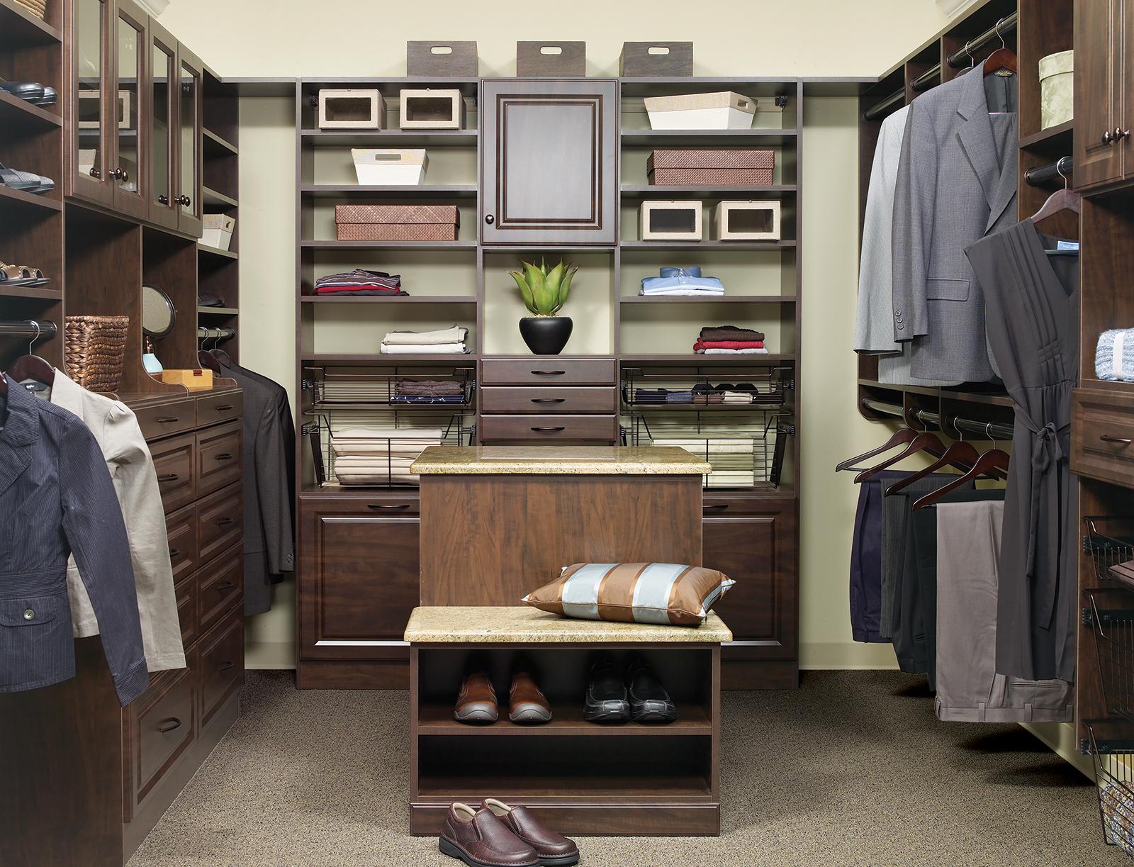 Delightful Custom Closet Organization Tips