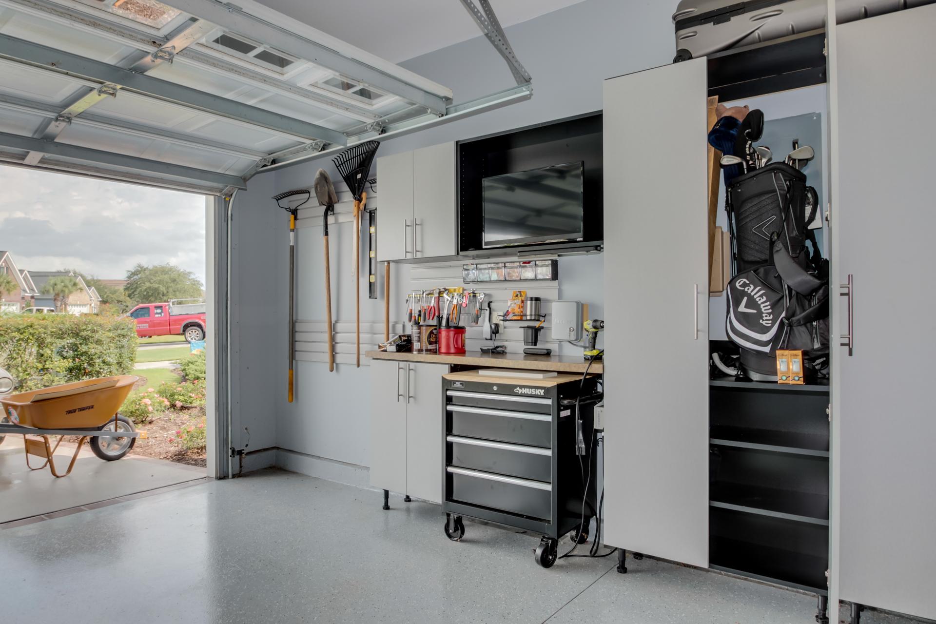 Custom garage cabinets in Myrtle Beach